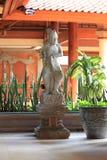 Den indonesiska skulpturen Arkivfoton