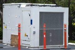 den industriella luftkonditioneringsapparaten installerar klart till Royaltyfria Foton