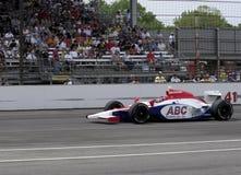 Den Indy bilchauffören Jeff Simmons kör i det Indy 500 loppet Maj 25, 2008 i Indianapolis, IN Fotografering för Bildbyråer