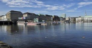 Den inre Alster sjön (Binnenalster), Hamburg, Tyskland arkivfoto