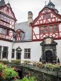 Den inre borggården av den Buerresheim slotten, Sankt Johann Germany royaltyfri foto
