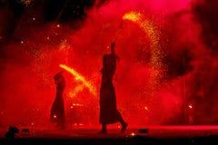 Den internationella festen för liv för brand för brandkonstfestivalen rymdes i Uzhgo arkivbild