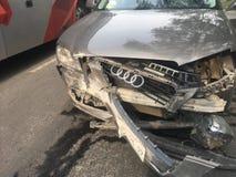 den isolerade bilillustrationen för olyckan 3d framförde white arkivfoton