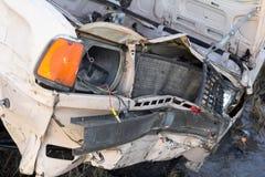 den isolerade bilillustrationen för olyckan 3d framförde white Arkivbilder