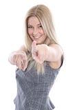 Den isolerade härliga unga blonda affärskvinnan i grå färger klär - wi Arkivfoton