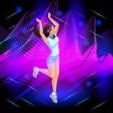 Den isometriska flickan är en discjockey på bakgrunden av musikaliska vågor, flickan dansar, håret är framkallning som hoppar stock illustrationer