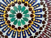 Ljus mosaik belagd med tegel bakgrund - abstrakt begrepp mönstrar Fotografering för Bildbyråer