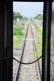 Den järnväg drevstarten på Bangkok går till Phra Nakhon si Ayutthaya på Thailand Royaltyfria Foton