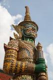 DEN JÄTTE- FÖRMYNDAREN THAILÄNDSKA 2 FÖR YAKSA Arkivfoton
