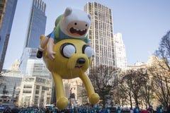 Den Jake och finländareballongen i Macy ståtar royaltyfri bild