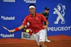 Den japanska Kei Nishikori i Barcelona till upplagan 62 av den Conde de Godo Trofé tennisturneringen Royaltyfri Foto