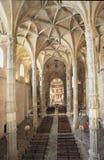 Den Jeronimos klosterinre i Lissabon, Portugal Royaltyfria Bilder