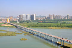 Den Jialing floden i Nanchong, Kina Arkivbild