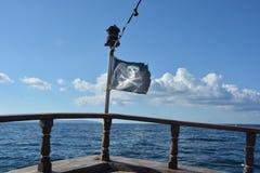 den jolly flaggan piratkopierar roger Arkivbild