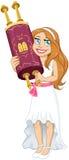 Den judiska flickan rymmer Torah för slagträMitzvah Arkivfoto