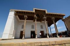 Den Juma moskén inom fästningen Tillflykten byggda uzbekistan royaltyfri foto