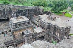 Den Kailsa templet, den forntida hinduiska stenen sned templet, grottan inga 16, Ellora, Indien Arkivbilder