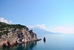 Berg och havet i Crimea Royaltyfri Bild