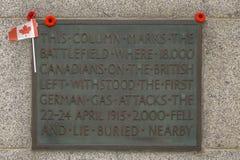 Den kanadensiska minnesmärken WW1 nära Ypres royaltyfri fotografi