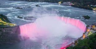 Den kanadensiska sidan av Niagara Falls Niagara Falls P? Kanada fotografering för bildbyråer