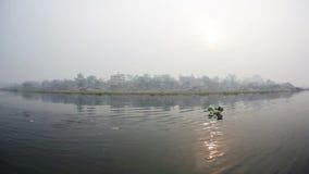 Den kanota safari i Chitwan parkerar av Nepal arkivfilmer