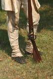 den koloniala militiamanreenactmentrevolutionären kriger Royaltyfri Foto