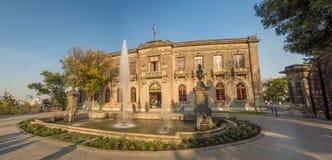 Den koloniinvånareChapultepec slotten, sikter, kulle, parkerar Arkivbilder