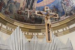 Den korsfäste Kristus Arkivfoto
