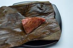 Den Kue mutiarakelapaen är en av traditionella kakor från Indonesien arkivfoton