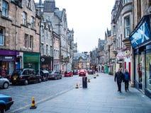 Den kungliga milgatan i den gamla staden för Edinburg, UK Royaltyfri Fotografi