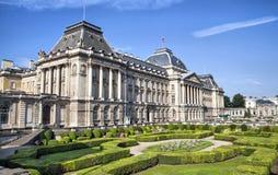 Den kungliga slotten centrerar in av Bryssel Royaltyfri Bild
