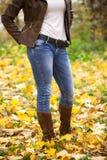 Den kvinnliga foten stänger sig upp fotografering för bildbyråer