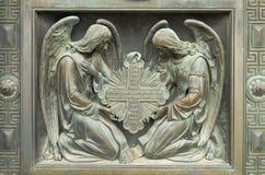 Den kyrkliga basreliefen Royaltyfri Bild