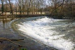 Den Lambro floden i Monzaen parkerar Royaltyfria Bilder
