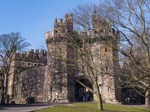Den Lancaster slotten i England är i mitten av staden royaltyfria foton