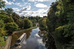 Den Langollen kanalen på Chirk akvedukten Royaltyfri Bild