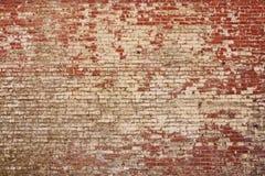 Den lantliga gammala tegelstenväggen texturerar Arkivbild