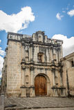 Den Las Capuchinas kloster fördärvar - Antigua, Guatemala Arkivbild