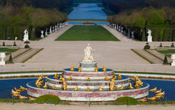Den Latona springbrunnen i trädgården av Versailles i Frankrike Royaltyfria Foton