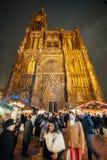 Den äldsta julen marknadsför i Europa - Strasbourg, Alsace, Fran Fotografering för Bildbyråer