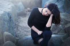 Den ledsna deprimerade kvinnan smärtar in Royaltyfria Bilder