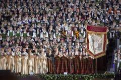 Den lettiska nationella conceren för final för sång- och dansfestival storslagna Royaltyfri Foto