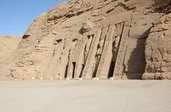 Den lilla templet av Nefertari abuegypt simbel royaltyfria foton
