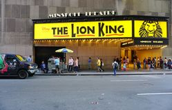 Den Lion King musikalen på den Minskoff teatern i New York City Royaltyfri Bild