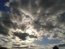 Den ljusa himlen royaltyfri foto