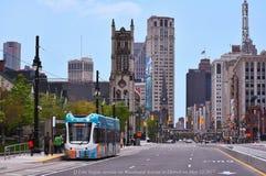 Den ljusa stången i Detroit börjar Arkivbild
