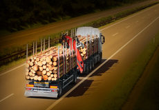 Den logga lastbilen Royaltyfri Bild