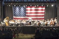 Den Long Island konsertorkesteren på den Heckshire delstatsparken Arkivbild