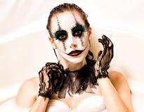 Den läskiga clownen mjölkar badet Royaltyfria Bilder