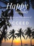 Den lyckliga födelsedagen önskar designen för kristendomen med soluppgångbakgrund arkivfoton